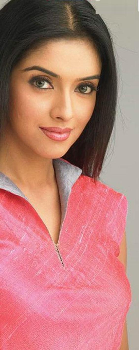 Pics Photos - Asin Kavalan Wallpapers